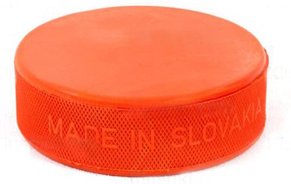 Хоккейная шайба стандарт имеет вес 163 грамма
