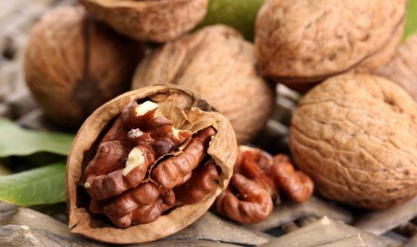 Сколько грецких орехов можно есть в день